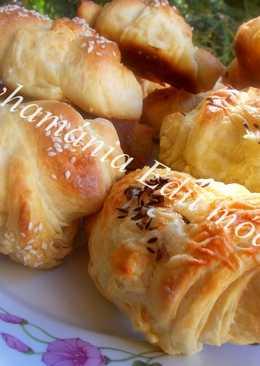 Szilvalekváros és sajtos croissant