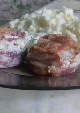 Baconös csirkemell, sajtszósszal