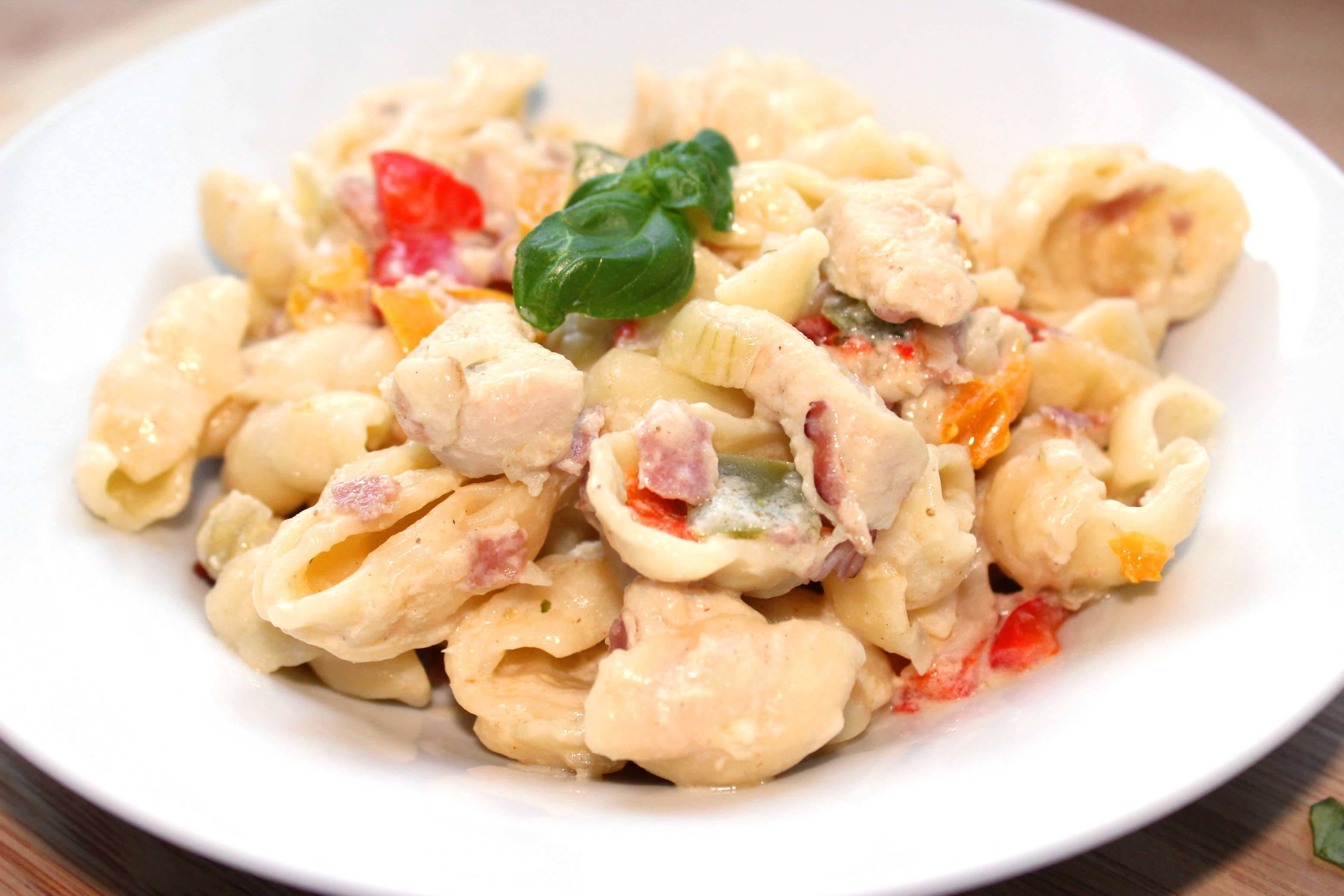 Paprikás-húsos tészta recept főfotó