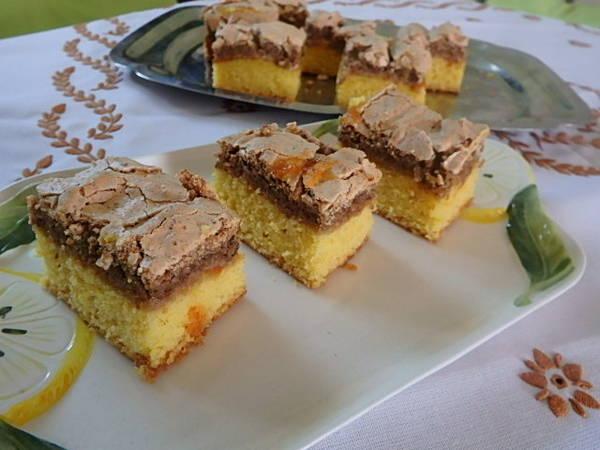 Dióhabos sütemény Dunabogdányból