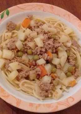 Zöldség-húsos spagetti