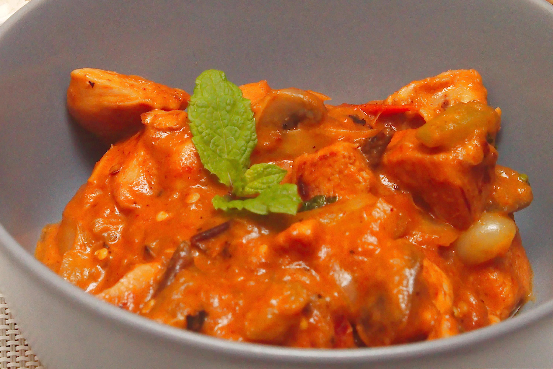 Zöldséges vörös curry recept főfotó