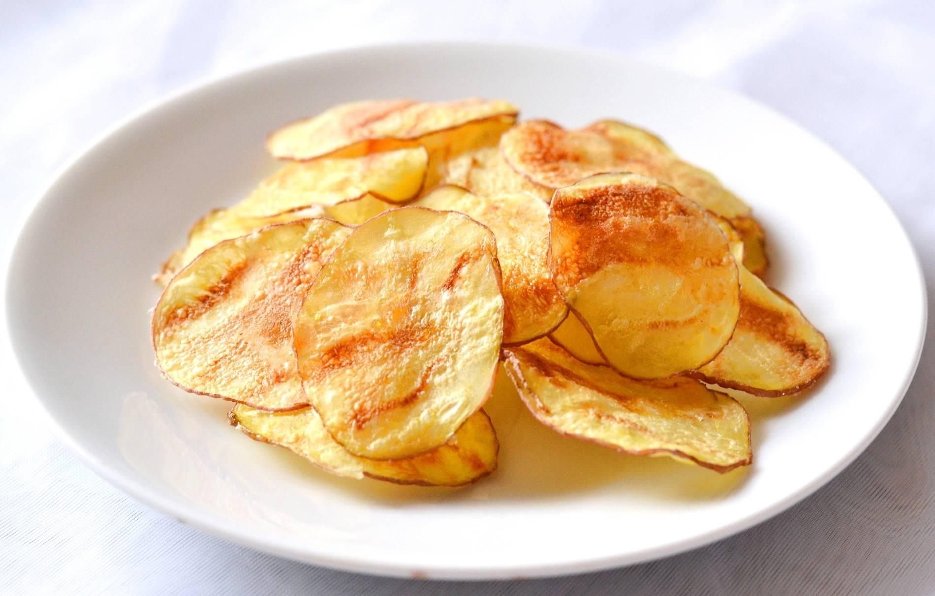 Burgonya chips recept egyszerűen főfotó