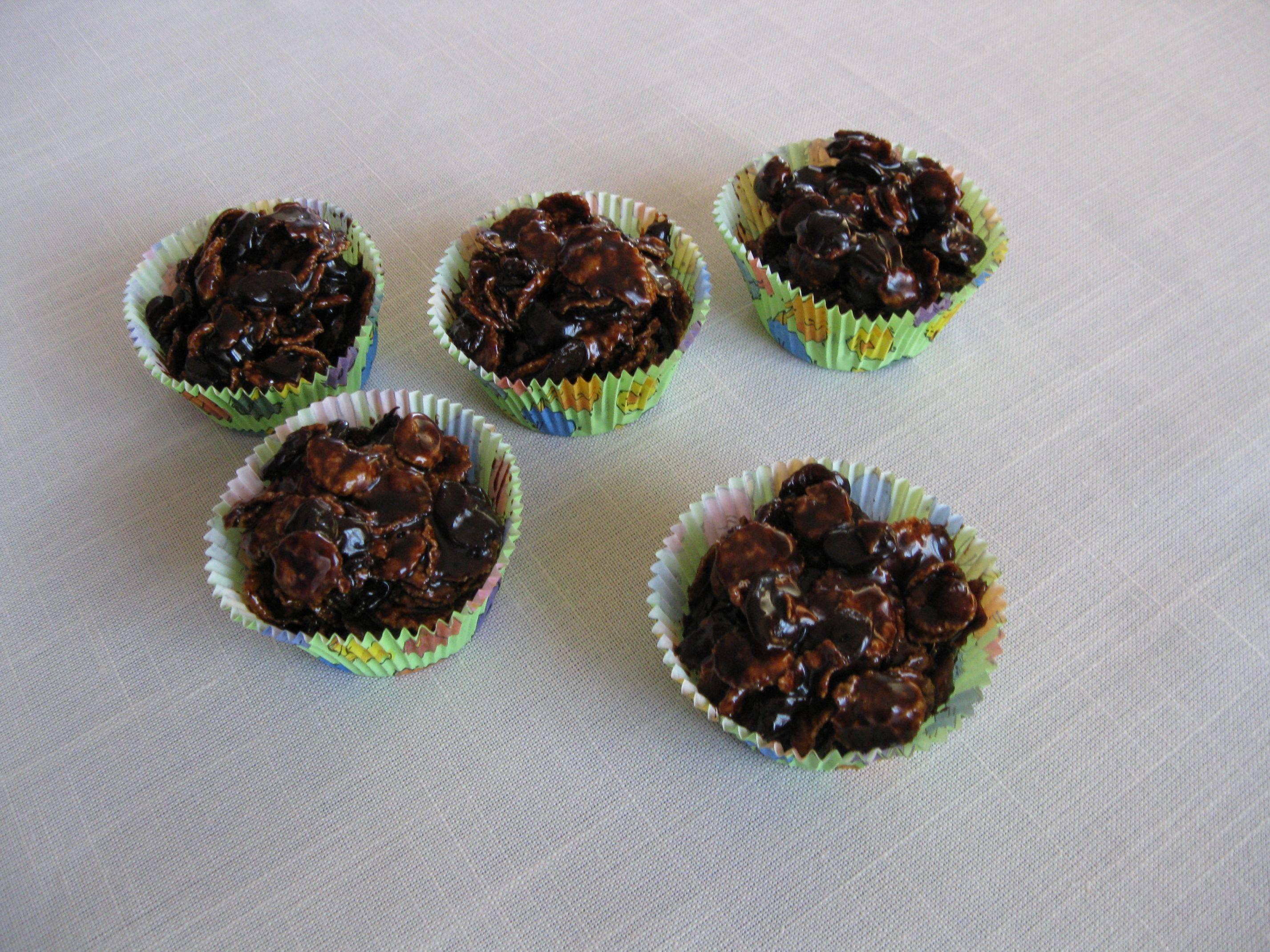 Csokoládégolyók kukoricapehellyel recept főfotó