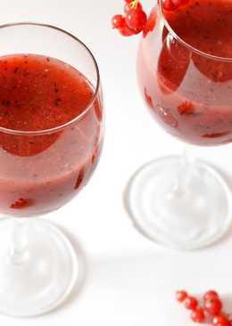 Erdeigyümölcsös smoothie recept gyöngyözőborral