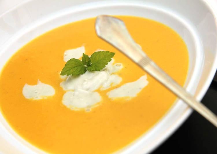 Tökéletes sárgarépa krémleves recept gorgonzolával