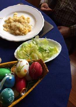 Tojásos nokedli salátával, péntekre