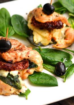 Spenótos-sajtos, aszalt paradicsomos csirkemell