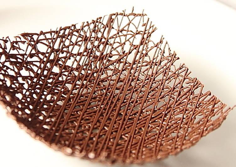 Csokoládédísz készítés - csokoládé kosár
