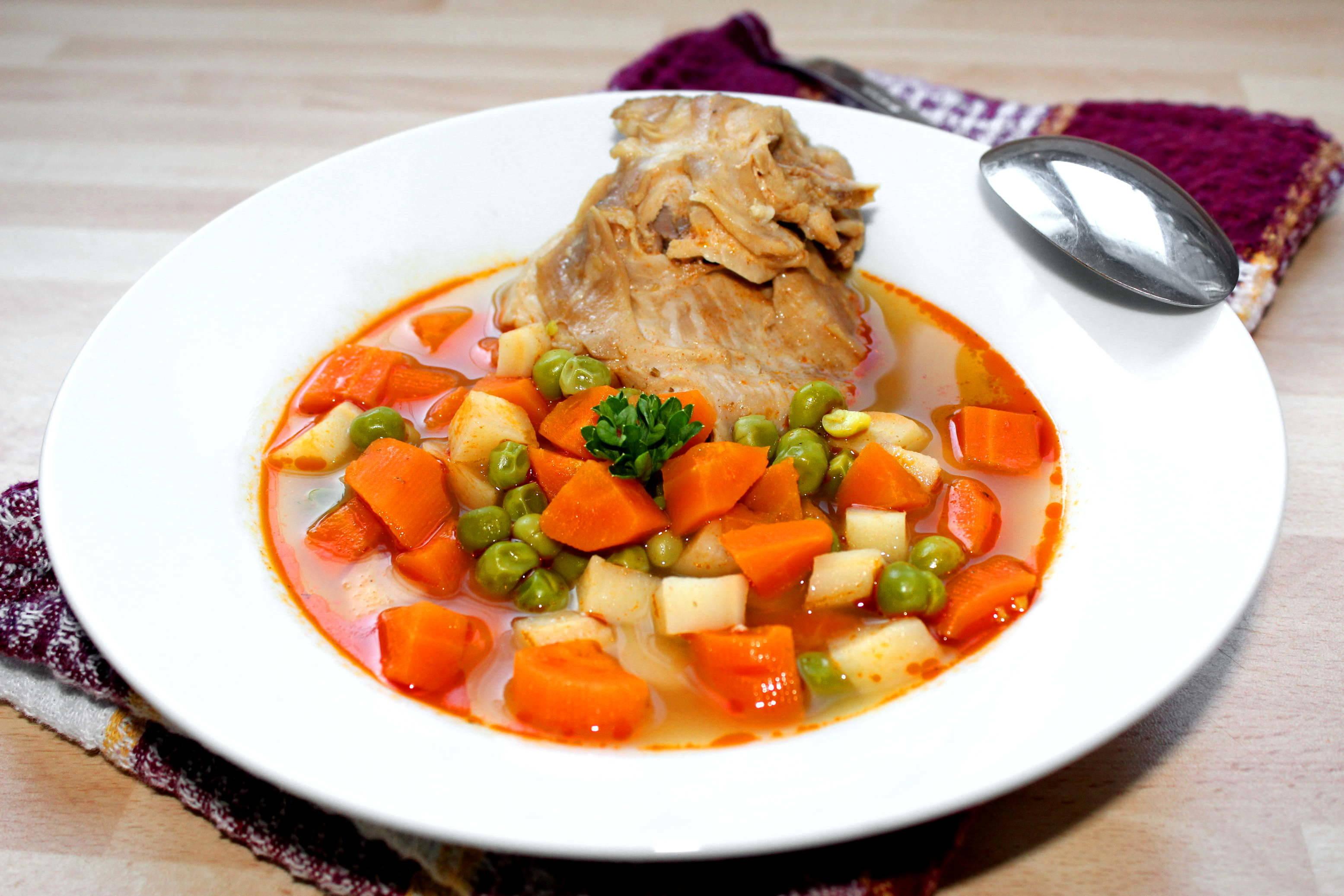 Zöldséges nyúlleves recept főfotó