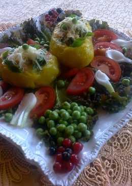 Töltött régi burgonya, új nyári zöldségekkel, és mindennel ami volt a kiskertemben