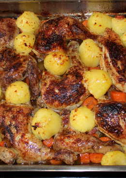 Fűszeres sült csirke zöldségekkel
