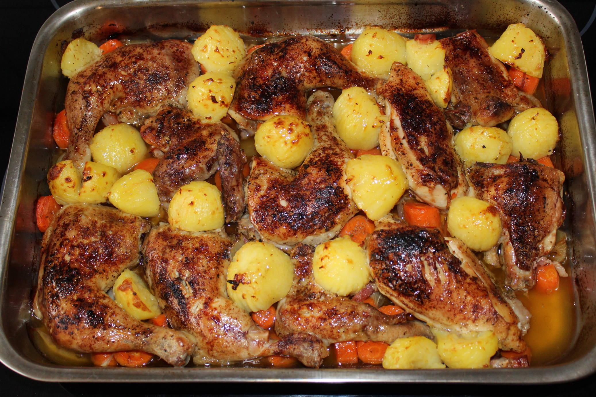 Fűszeres sült csirke zöldségekkel recept főfotó