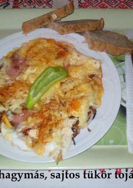 Sonkás, hagymás, sajtos tükörtojás - saját sütésű t.k.kenyérrel
