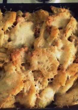 Tejszínes rakott krumpli, fűszeres hússal