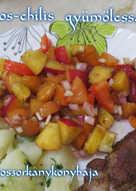 Barackos-chilis gyümölcssaláta, sült húsokhoz