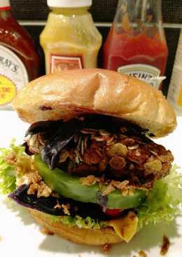 Óriás zöldségfasírtos sajtburger