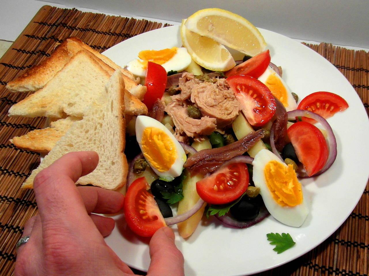 Nizzai saláta recept főfotó