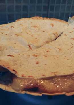 Császárszalonnás-sajtos tortilla