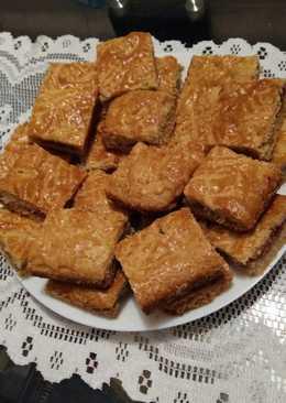 Almás-meggyes pite