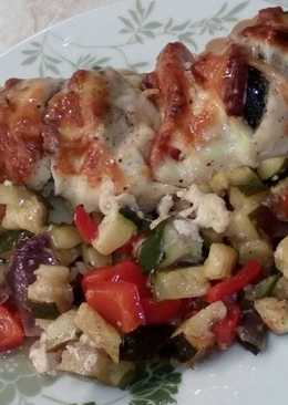 Zöldséggel töltött csirkemell