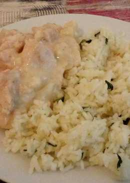 Karalábés csirke bazsalikomos rizzsel