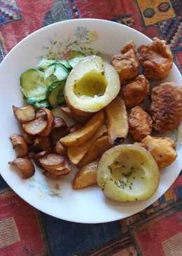 Kentucky csirkegolyók fűszervajjal, sült burgonyával