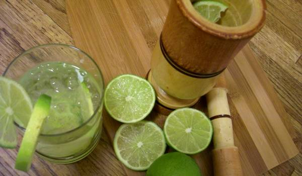 Caipirinha koktél recept videó főfotó