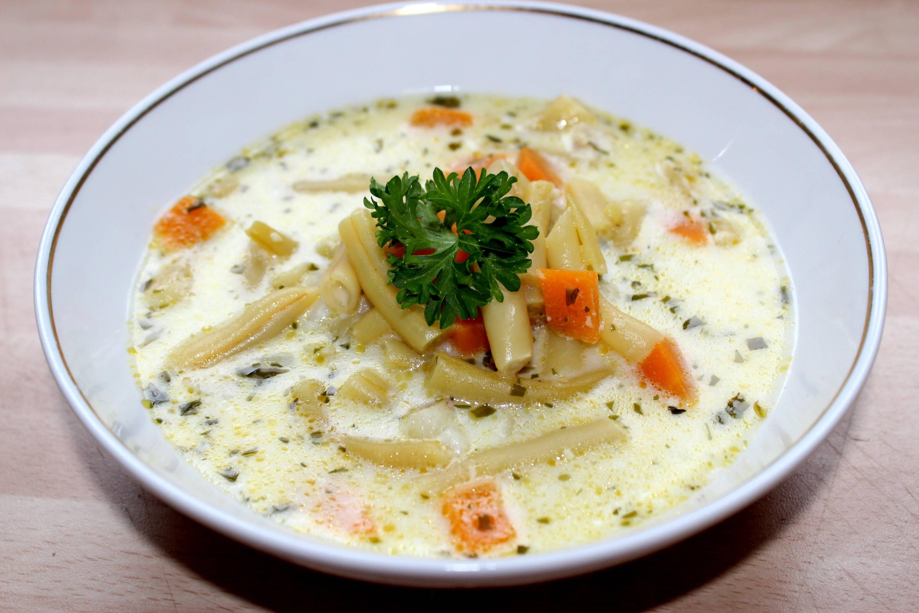 Tárkonyos zöldbableves recept főfotó