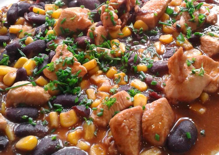 Csirkés chilis bab
