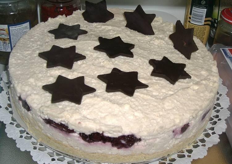 Meggyes karácsonyi mascarpone torta