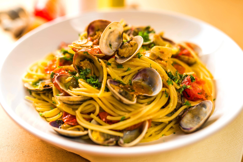 Vénuszkagylós spagetti recept (Spaghetti alle vongole) főfotó