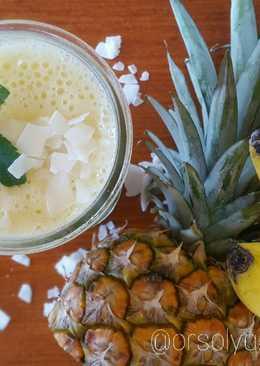 Ananászos-kókuszos-banános smoothie