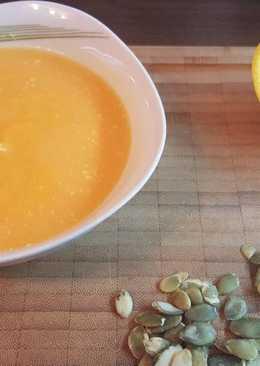 Narancsos-kókusztejes sütőtök krémleves
