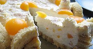 Barackos Charlotte torta recept főfotó