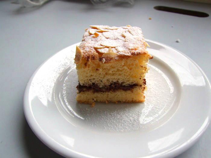 Nutellás-mandulás piskótakocka recept főfotó