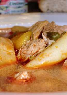 Gulyás leves recept (sertés húsból)