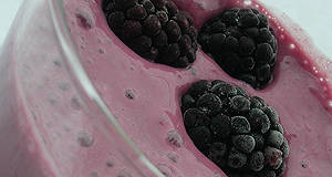 Erdeigyümölcsös - tofukrémes turmix recept főfotó