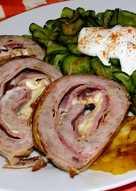 Sajtos-sonkás darált hús tekercs