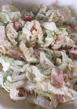 Tésztasaláta kínai kel salátával