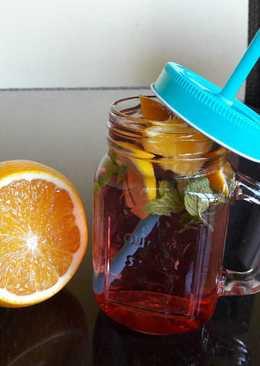 Frissítő házi limonádé