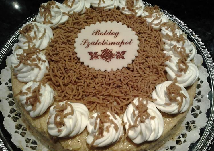 gesztenye torta képek Gesztenye torta | Gy.Zsuzsi receptje   Cookpad receptek gesztenye torta képek