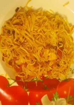 Csirkés kínai tészta