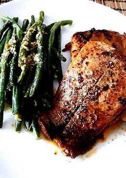 Harcsa steak pestos zöldbabbal