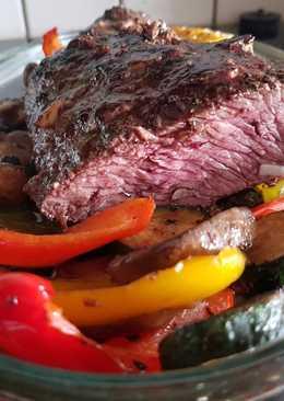 Strucc steak, grillezett zöldségekkel