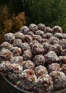 Cukormentes 10 perces kókuszgolyó