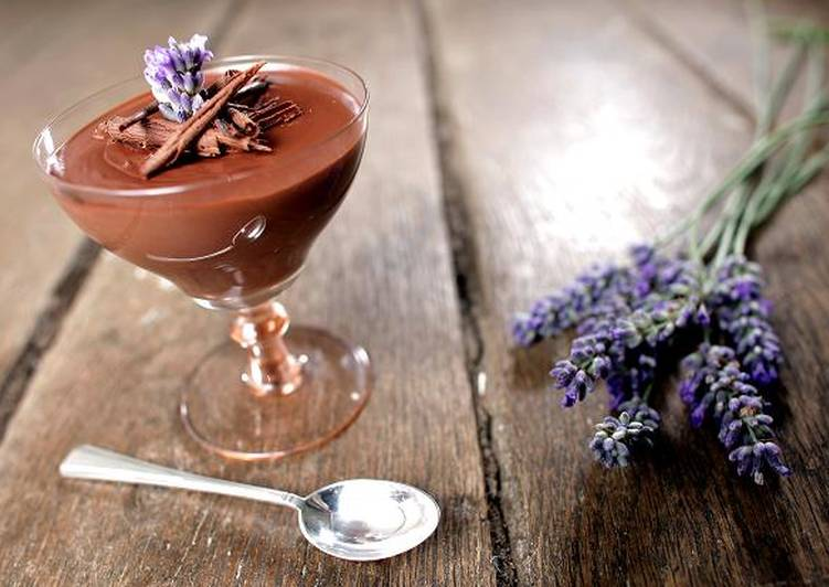 Levendulás, tejszínes csokoládé mousse