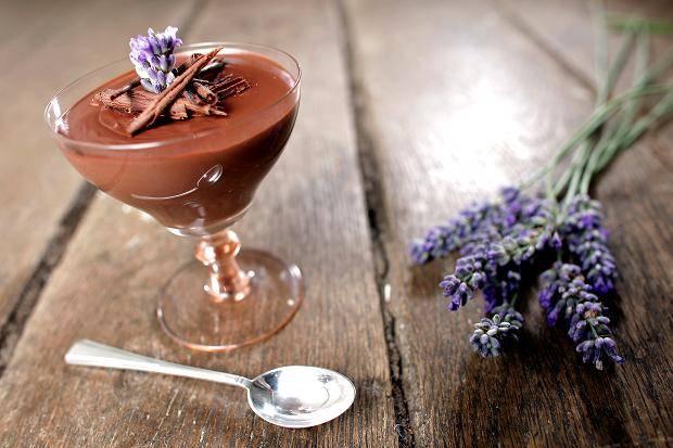 Levendulás, tejszínes csokoládé mousse recept főfotó