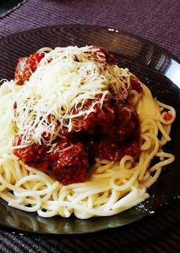Bolognai spagetti húsgombóccal