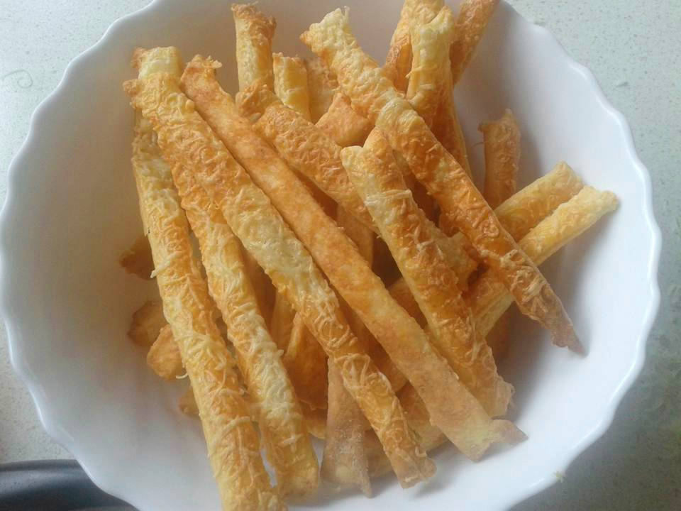 Juhtúrós sajtos rúd recept főfotó